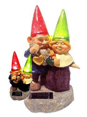 Loving couple garden gnome solar light